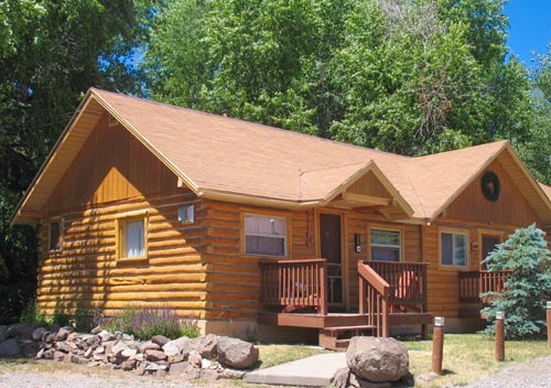 img_Cabins_Exterior